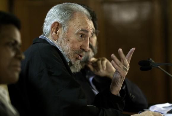 Fidel: ¡un diálogo de 5 horas con intelectuales en la Feria del Libro de La Habana!