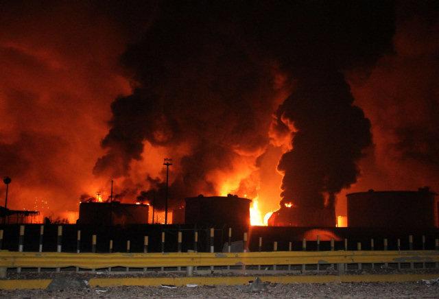 Sospechas en torno a la catástrofe de la refinería venezolana