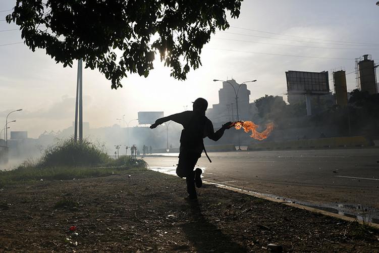 Más sobre la violencia en Venezuela
